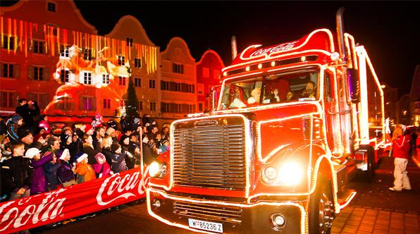 2020 Coke Cola Christmas Truck In Usa The History of Coca Cola's Christmas Trucks